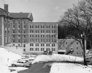 The 1956 addition to Stetson Hall and the Roper Center addition