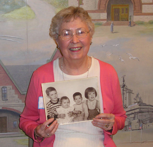 Dorothea Byrnes at the Quincy Mass. Memories Road Show