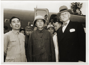 Chou En-lai, Mao Tse-tung, and Hurley