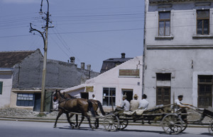 Cart on Belgrade thoroughfare