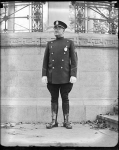 Boston cop Eddie de Roche