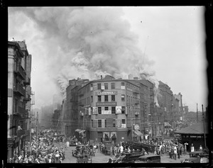 Five alarm fire on Canal St., Haymarket Square