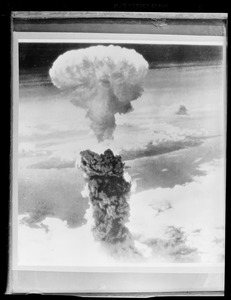 1st atomic bomb test