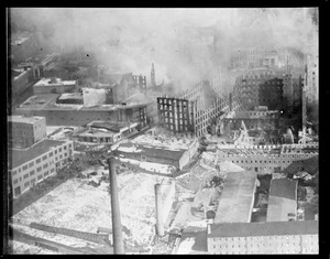 Big Fall River fire, $35,000,000 loss from the air