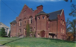 Clement C. Maxwell Library, Bridgewater State College