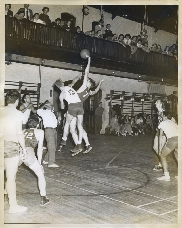 Basketball game between Bridgewater State Teachers College and unidentified opponent