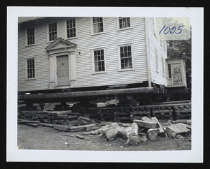 House partly turned, big timbers for carrying support, 588 Bay Road, Felton's