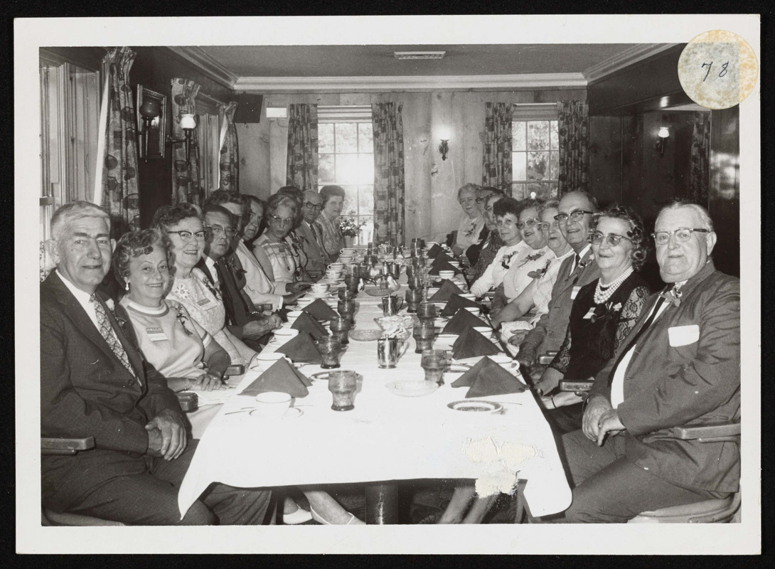 Reunion class of 1925 H.H.S at the Marguery in Ipswich