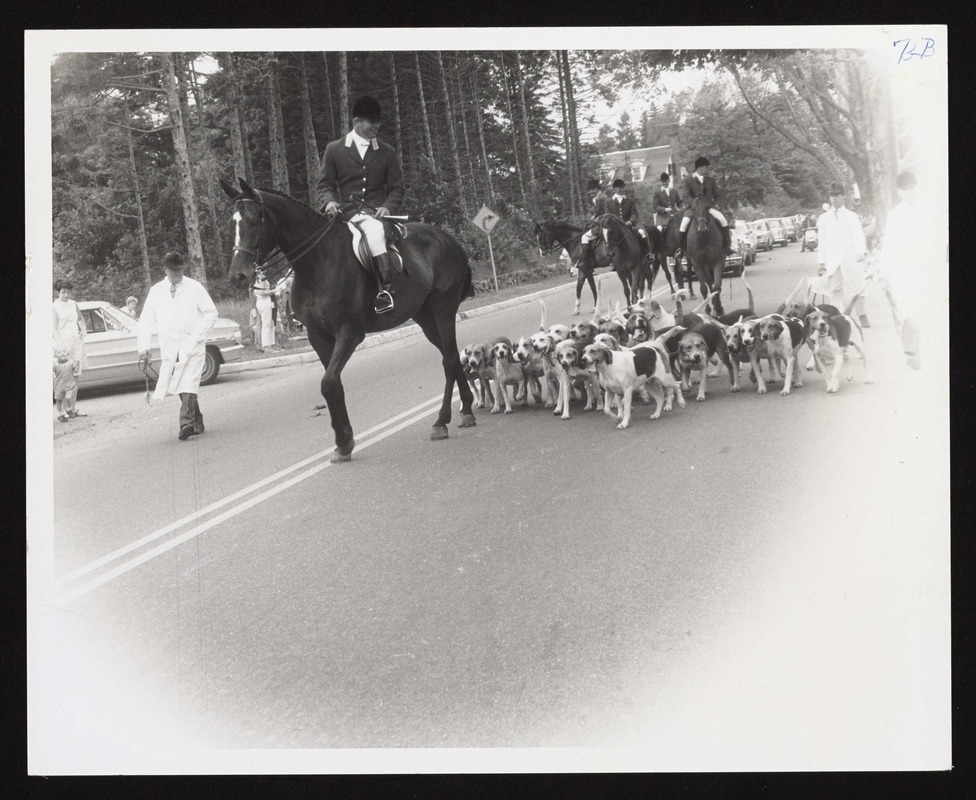 175th Anniversary Parade, Myopia drag hounds