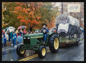Bicentennial parade, 1993, Arthur Crosbie, historical society float