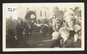 1st reenactment of Ohio Trek, First Congregational Church, Bay and Cutler Roads, 1937, at time of departure