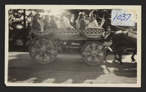 West School, Rodney and Wing Wagon, parade in Hamilton
