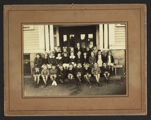 2nd grade class at the South School