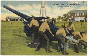 "5"" gun and crew, U.S. Marine Barracks, Parris Island, S. C."