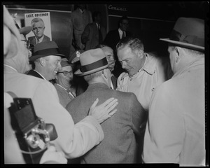 Henry Cabot Lodge, Jr. meeting with supporters at Beverly airport