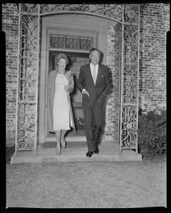 Henry Cabot Lodge, Jr. and wife Emily Esther Sears walking from Beverly home