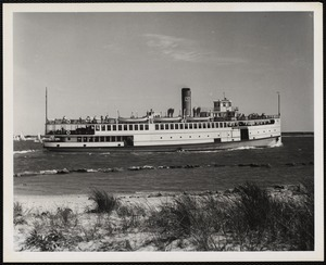 Steamer to Marthas Vinyard and Nantucket