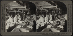 Trimming and skinning hams, Chicago