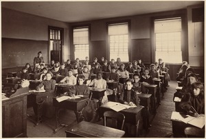 Hyde School - interior - 4th class, 2nd division