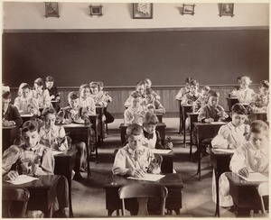 George Putnam School, Boston. Grade 6 - class 4. Observing, drawing, and describing sprouted acorns. June, 1892