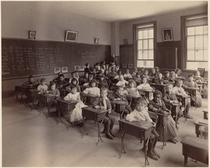 Winchell School, Wells primary, 3rd class, room 7