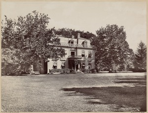 Houses: Old Perkins House, pine bank, Jamaica Plain. Photo taken 1867. Destroyed by fire of 1868. House on this site is now occupied by Park Department Commissioner