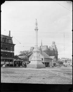 Monuments, Peabody, Peabody Square, Soldiers Monument