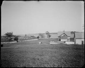 Salem, Fort Pickering showing lighthouse, views