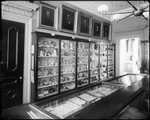 Objects, pottery and porcelain, at the Essex Institute in 1891