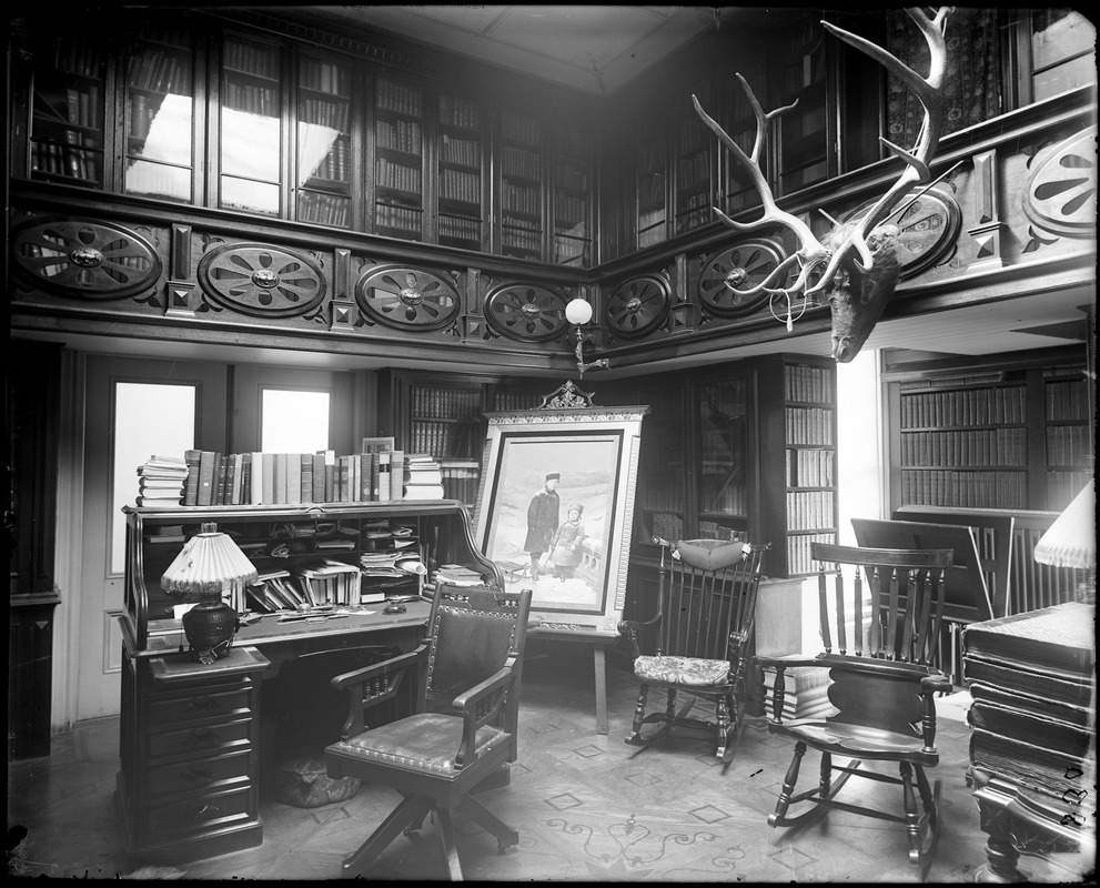 Salem, 4 1/2 Federal Street, Abner Goodell house, interior library