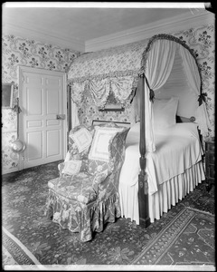 """Danvers, Collins Street, interior detail, chamber showing bed and chair, Robert """"King"""" Hooper house, 1754"""