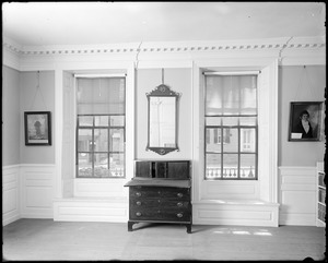 Marblehead, 169 Washington Street, room right of entrance on the first floor, Jeremiah Lee house