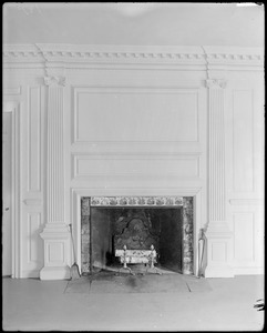 Marblehead, 169 Washington Street, interior detail, panelling and fireplace, Jeremiah Lee house