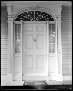 Kingston, Rhode Island, exterior detail, door, Hagadorn house