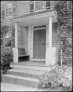 Kingston, Rhode Island, exterior detail, door, porch, Thomas S. Taylor house, tavern