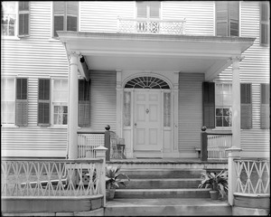 Kingston, Rhode Island, exterior detail, porch and door, Hagadorn house