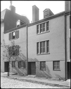 Baltimore, Maryland, 16 and 18 West Hamilton Street, unknown house