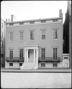 Baltimore, Maryland, 107 West Monument Street, unknown house