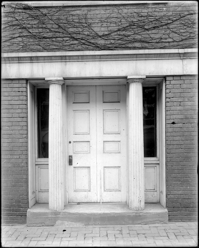 Baltimore, Maryland, 15 East Pleasant Street, exterior detail, side door, unknown building
