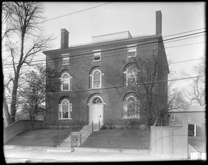Portsmouth, New Hampshire, 180 Middle Street, Larkin, Richter house