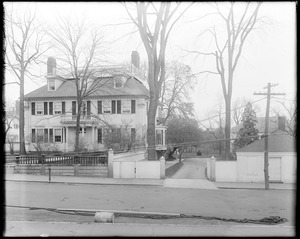 Portsmouth, New Hampshire, 143 Pleasant Street, Governor John Langdon house