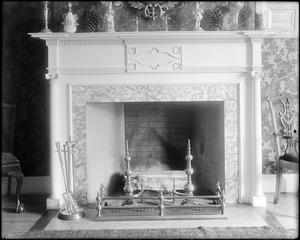 Portsmouth, New Hampshire, 180 Middle Street, interior detail, mantel, Larkin, Richter house