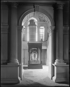 Objects, Liberty Bell, first floor of Independence Hall, Philadelphia, Pennsylvania, 520 Chestnut Street