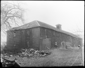 Peabody, Massachusetts, unknown street, side and rear, barn at Osborne house, 1798