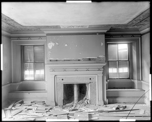 Beverly, 115 Cabot Street, George Cabot house, interior detail, mantel