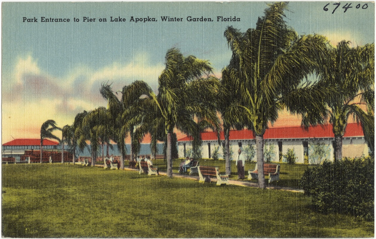 park entrance to pier on lake apopka winter garden florida