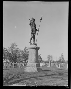 Passaconaway Indian statue in Lowell Edson Cemetery