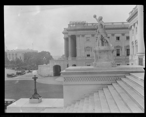 Monument and stairs, Washington