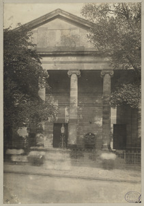 Boston, Massachusetts. Front of St. Paul's Church. Showing vacant pediment which was intended for sculpture of Paul preaching at Athens