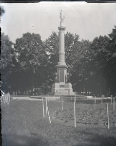 Soldiers Monument Common